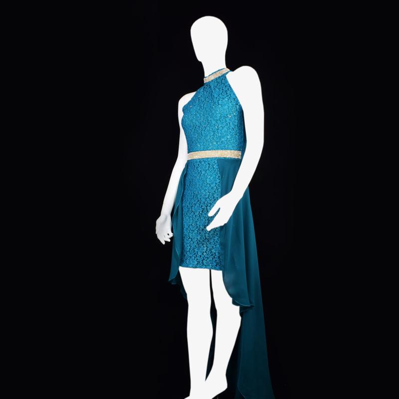 لباس مجلسی دنباله دار ماندانا